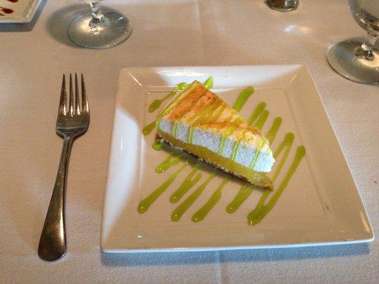 Cornerstone Bistro: Sunset menu lemon meringue pie