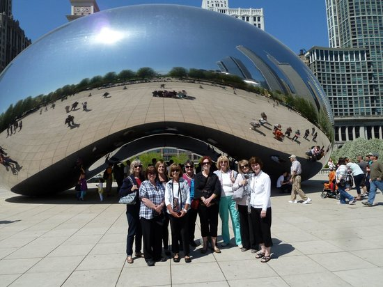 Walk Chicago Tours: At the bean
