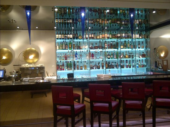 Mandarin Oriental, Prague: The Bar at the Prague Mandarin