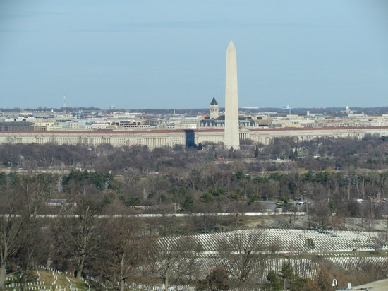 Sheraton Pentagon City Hotel: Washington Memorial & Arlington Cemetery