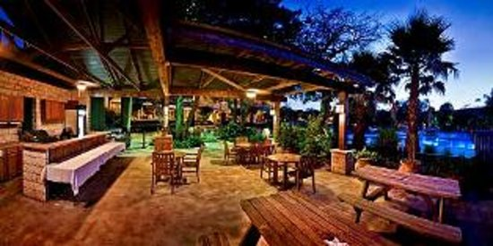 T Bar M Resort: Lone Star Bar & Grill