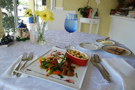 Maria D'anna Cafe: Hungarian Gulash