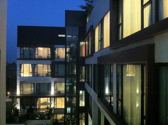 Rashmi's Plaza Hotel : Nice modern design
