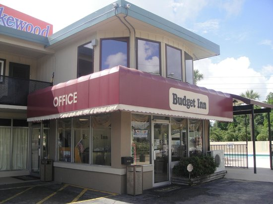 Budget Inn Conway: Exterior office