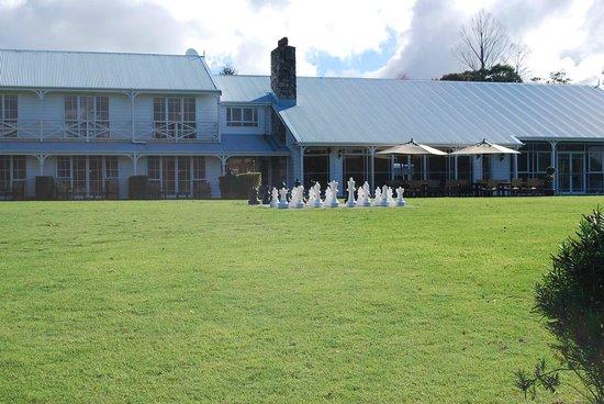 VR Rotorua Lake Resort : hotel grounds