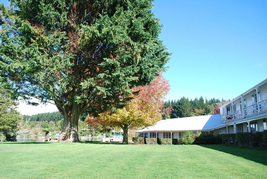 VR Rotorua Lake Resort: Grounds