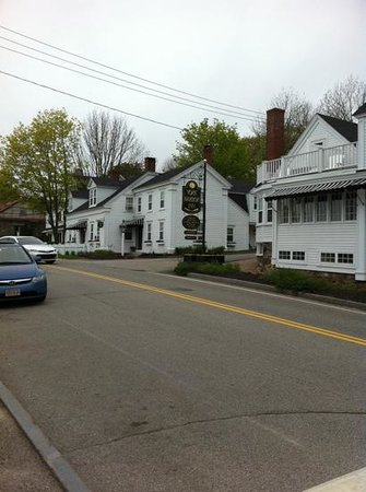 York Harbor Inn: Add a caption