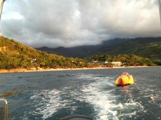 Tamaraw Beach Resort: view from a distance