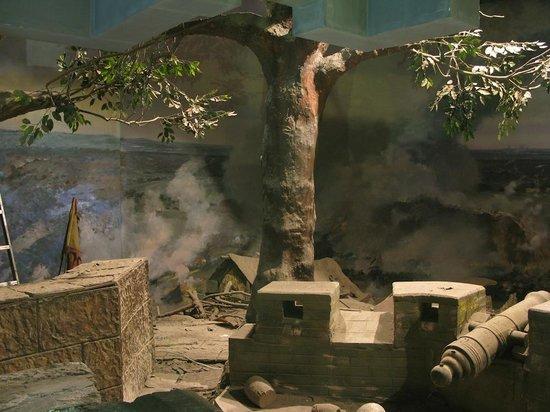 Palace of the Heavenly Kingdom : Dusty diorama