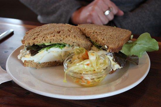 Auntie Pesto's Cafe: Egg Salad