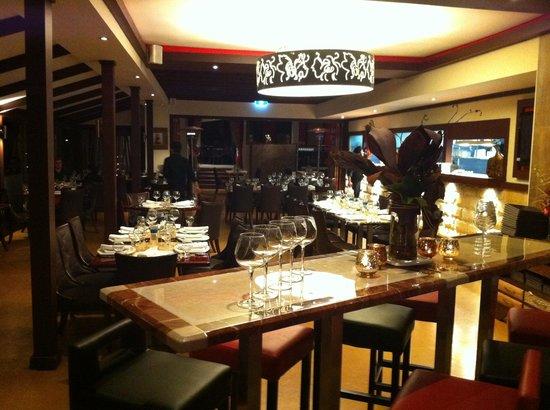 Urban Tadka: main dining area