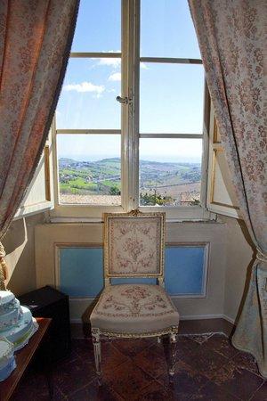 Palazzo Pucci B&B: panorama dal salone delle feste