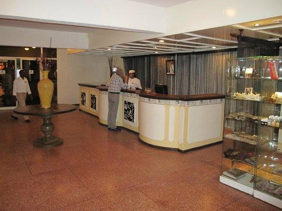 Retaj Moroni Hotel: The check-in