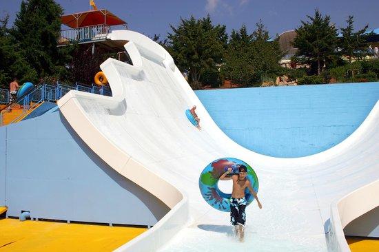 Space Bowl - Picture of Acqua Plus Water Park, Hersonissos ...