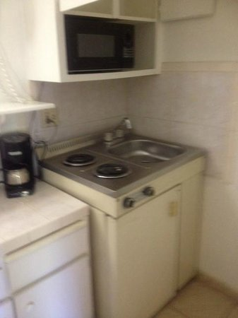 Rodeway Inn San Ysidro: coffee microwave