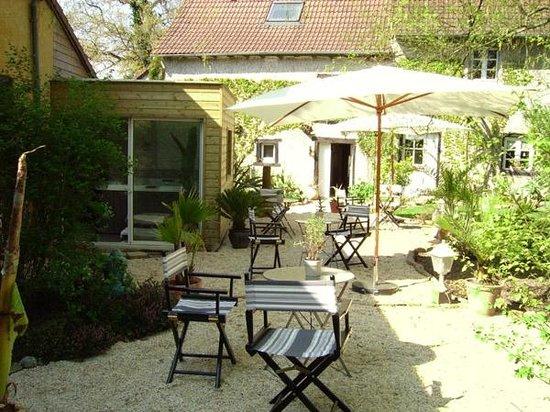 jardin exotique photo de cosy home melesse tripadvisor. Black Bedroom Furniture Sets. Home Design Ideas
