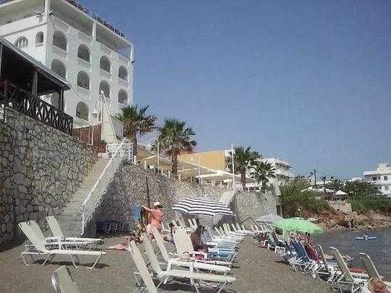 Pool picture of glaros beach hotel hersonissos for Boutique hotel glaros