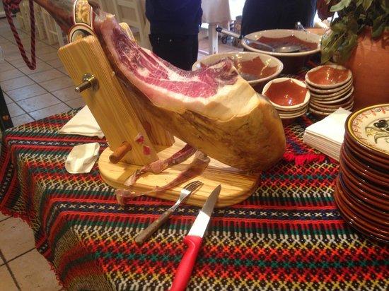 Gracas do Alentejo: Spectacular ham