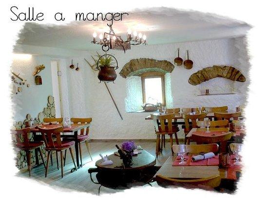Restaurant Les Chatons: salle à manger