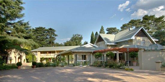 Three Rivers Lodge & Villa Anna Sophia: Lodge Entrance