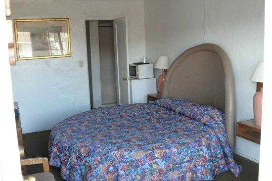 Route 66 Motel: le lit rond (un peu défraîchi)