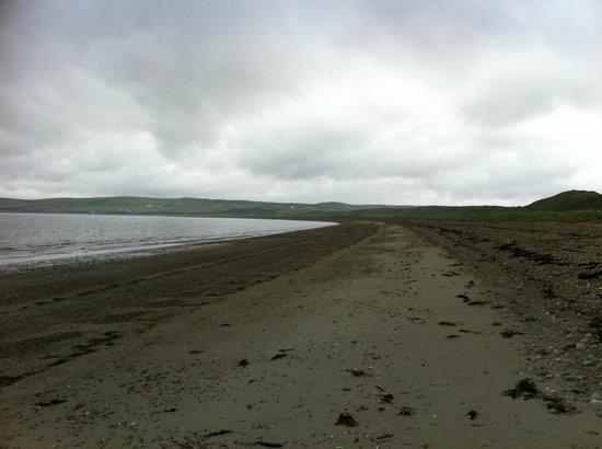Loch Gorm House: Beach