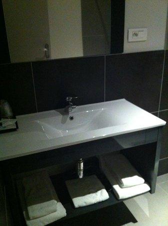 Hotel du Moulin: Salle de bain
