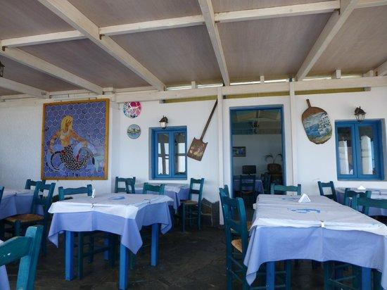 Taverna Tasos: The main dining room