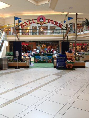 International Plaza and Bay Street: Loved the kids play area