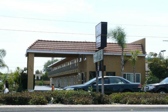 Pacific Inn: coincé entre deux autres motels