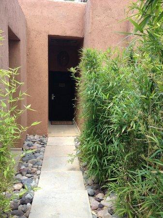 Tigmiza - Suites & Pavillons : L'entrée de notre pavillon