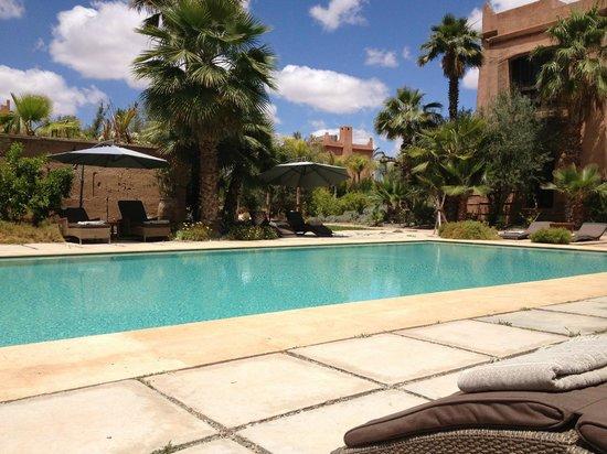 Tigmiza - Suites & Pavillons: La piscine