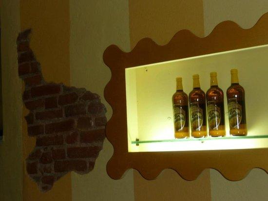 Birrificio della Granda : Le bottiglie in esposizione