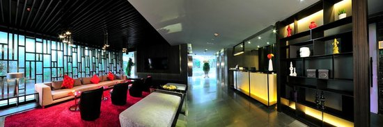 Citrus Sukhumvit 13 by Compass Hospitality: Lobby