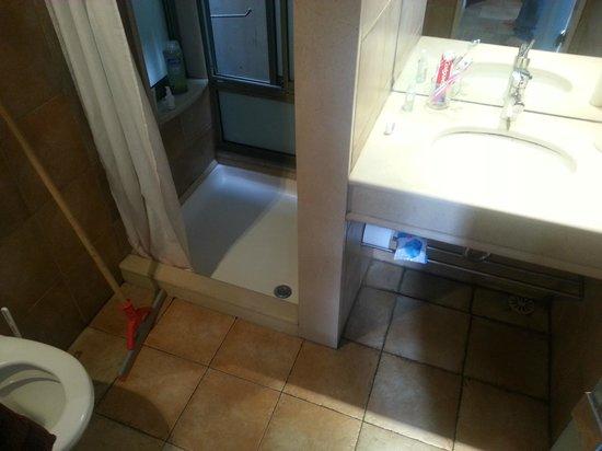 Dekel Guesthouse - Ramat Gan : Bath