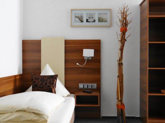 Burstadt, Tyskland: Einzelzimmer