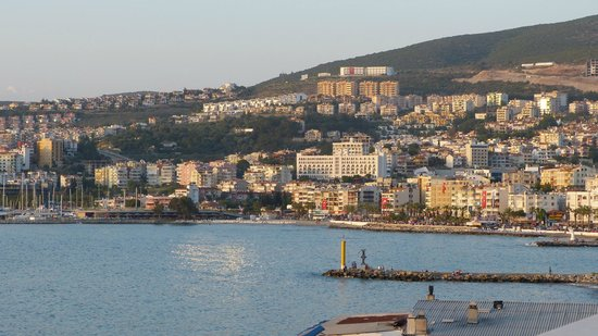 Mr Happy's - Liman Hotel: Kusadasi Harbour