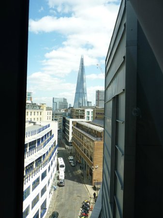 Premier Inn London Southwark (Tate Modern) Hotel: Vue sympa !