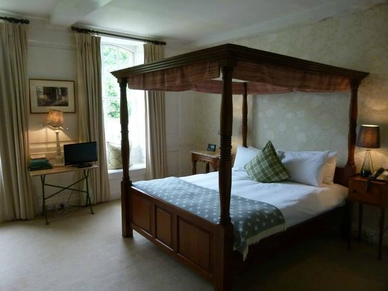 Rectory Hotel: Sudeley bed