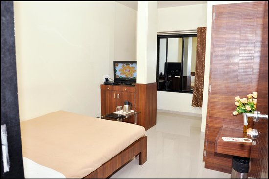 Aundh Retreat: Standard Room2