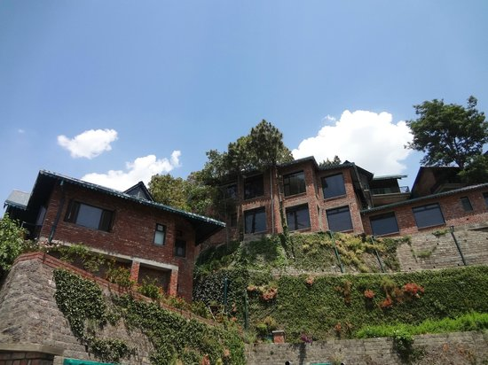 Baikunth Resort Kasauli: View of the Resort