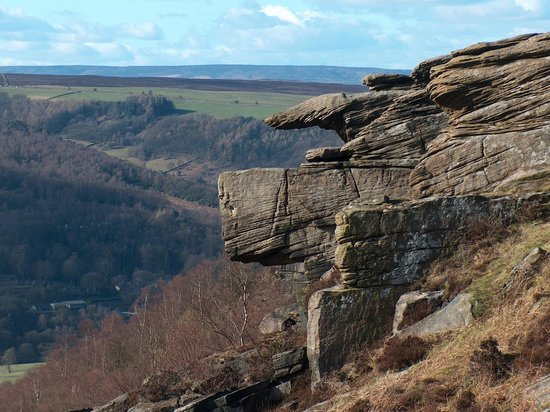 Calver, UK: Curbar Edge
