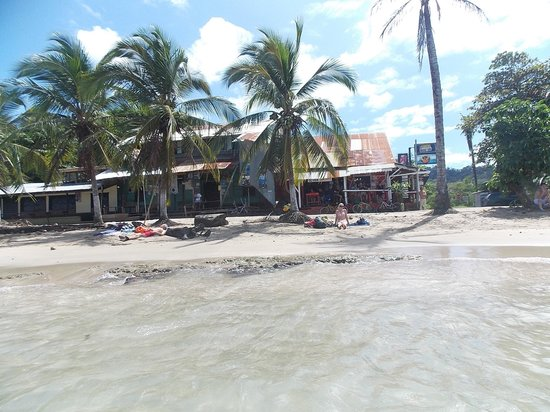 Puerto Pirata Deli : Deli'en set fra vandet