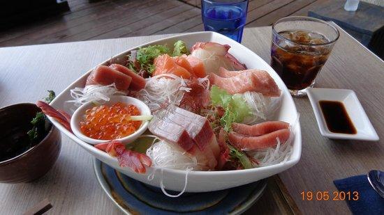 Baba Soul Food : Best Sashimi!