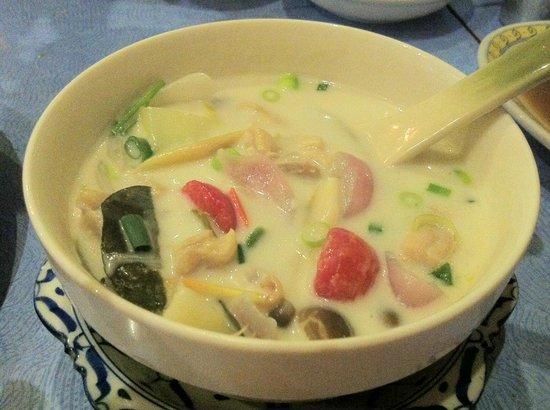 Sabai Thailand: Sabai Coconut Galangal Soup