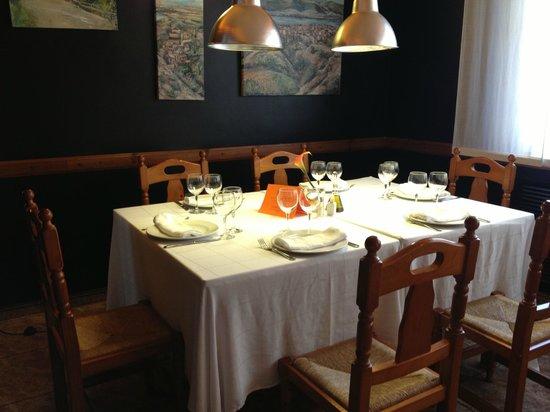 Restaurante Hotel Pepo : Una comida tranquila entre amigos!