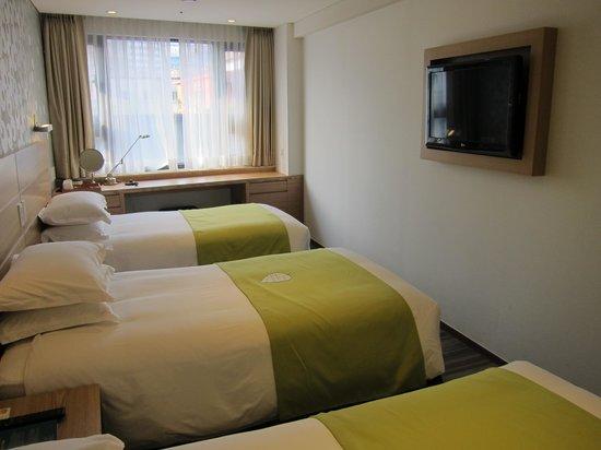 Nine Tree Hotel Myeong-dong: Triple room on 5/F