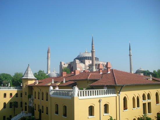 Berk Guest House: Blick von der Terasse Zi 41 zur Hagia Sofia