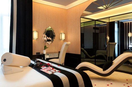 Maison Albar Hotel Nîmes Imperator: Suite 110