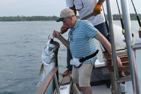 Rio Parismina Lodge: My father's first tarpon